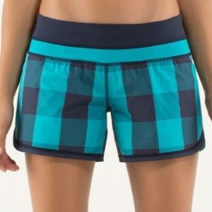 Lululemon Groovy Run Short 2 NWT Blue